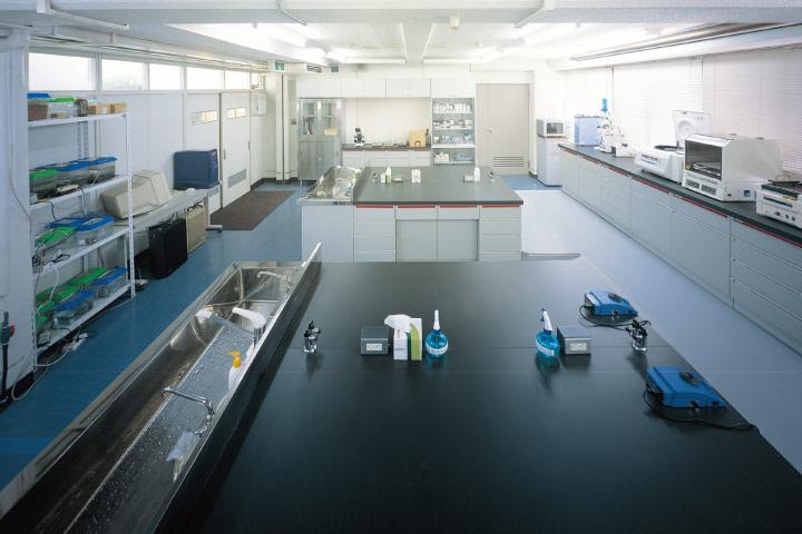 バイオ実習室